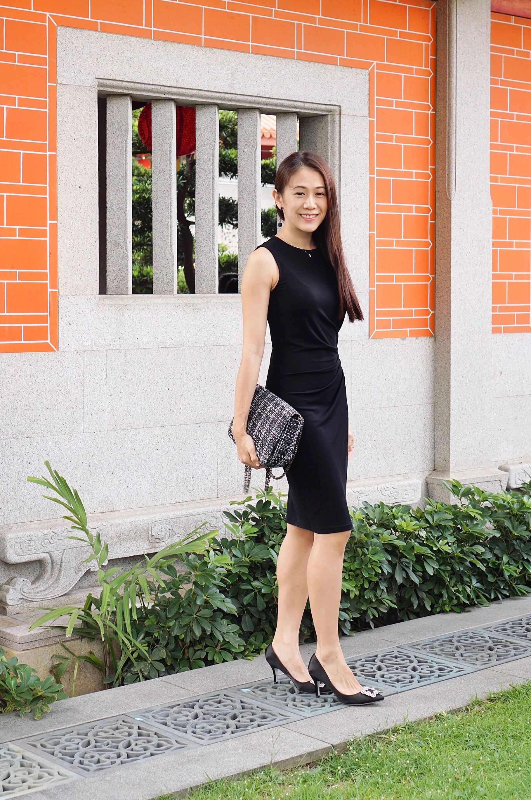Essential-Office-Wear-Styles-For-Ladies-Singapore