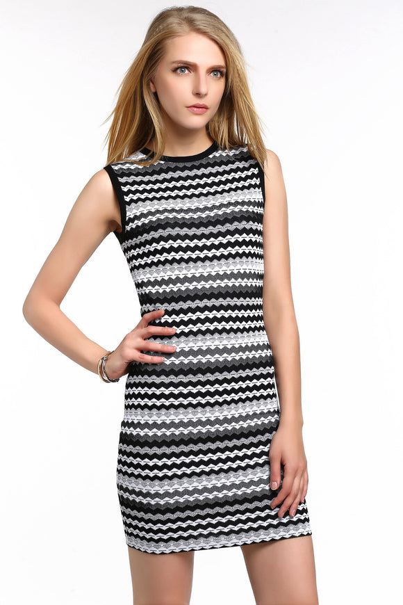 CHEVRON-STRIPED-KNIT-BODYCON-DRESS-WHITE