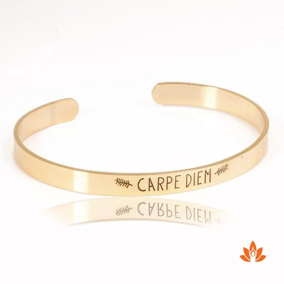products/carpe-diem-bracelet-3.jpeg