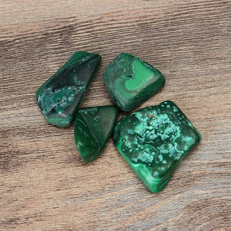 products/chrysocolla-crystals-3.jpg