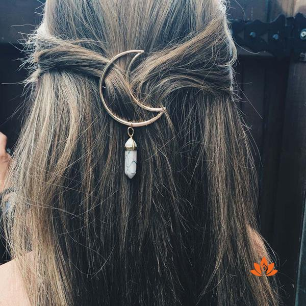 products/lunar-hair-clip-1.jpeg