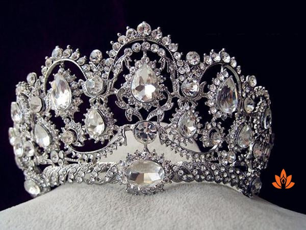 products/vintage-rhinestone-tiara-3.jpeg