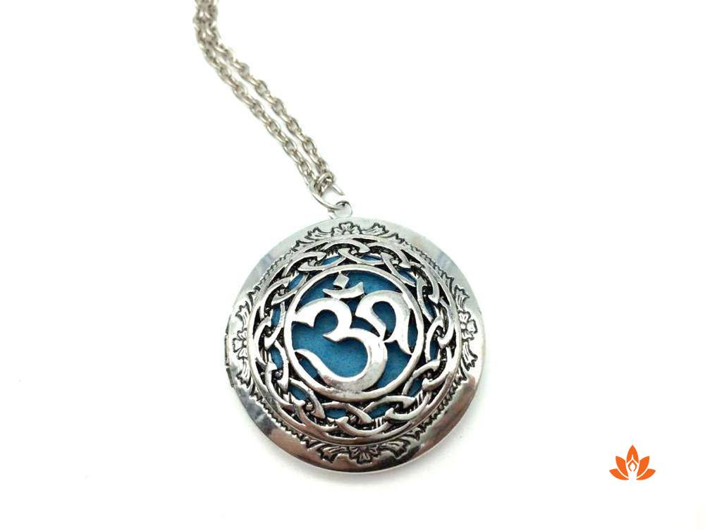 products/yoga-oil-diffuser-necklace-5.jpeg