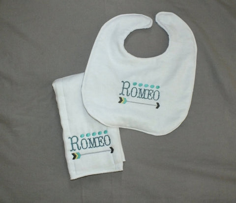 Romeo baby boy bib - Shakespeare burp cloth