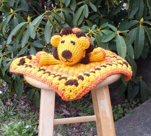 Baby lion lovey blanket - crochet lovey blanket