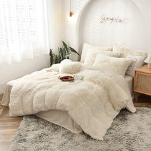 Load image into Gallery viewer, Fluffy Velvet Fleece Quilt Cover Bed Set (4/6/7 pcs) - Cream