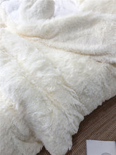 Load image into Gallery viewer, Fluffy Faux Lambswool Bed Set (4/6/7 pcs) - Cream