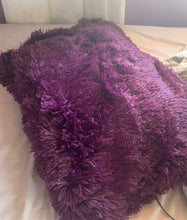 Load image into Gallery viewer, Fluffy Velvet Fleece Quilt Cover and pillowcases - Wine Purple