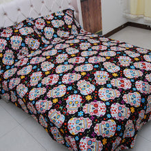Load image into Gallery viewer, Many Skulls Bed Set