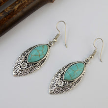 Load image into Gallery viewer, Vintage Drop Earring