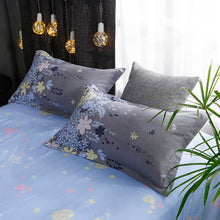 Load image into Gallery viewer, Lilly Bedding Set - 4 pieces