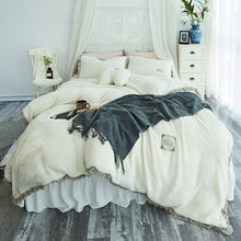 Load image into Gallery viewer, Tassels Faux Lambswool Velvet Bed Set