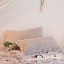 Load image into Gallery viewer, PomPom Fluffy Mink Fleece Bed Set - Soft Grey