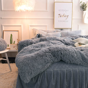 PomPom Fluffy Mink Fleece Bed Set - Grey