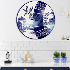 A modern take on the famous signature Willow in blue and white 60cm clock