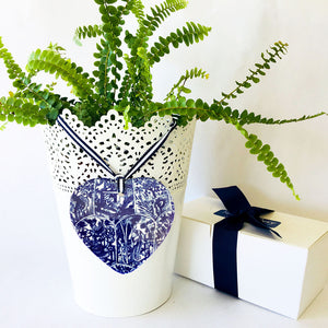 Blue and white ceramic ornament -  Ornate Heart design