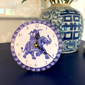 Blue and white elephant desk clock