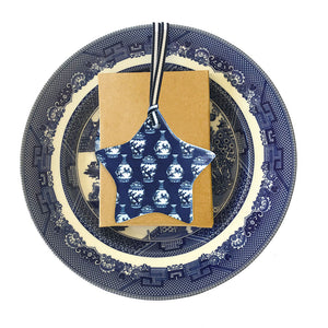 Blue and white ceramic ornament -  little ming jar star