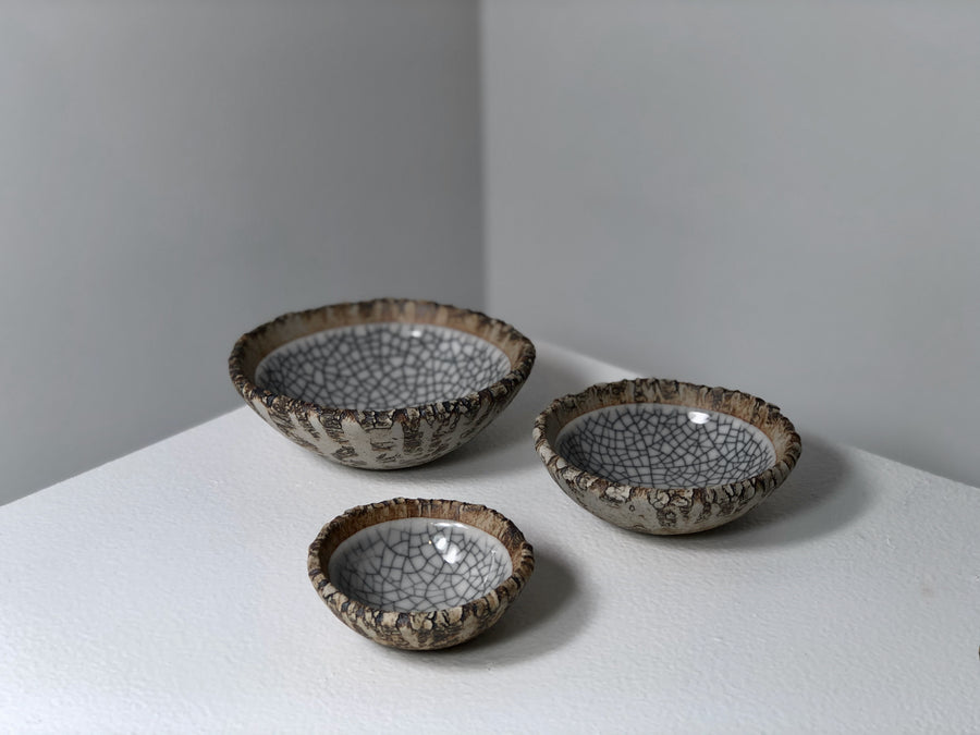Crickhollow Pottery : Crackle Bowls - White