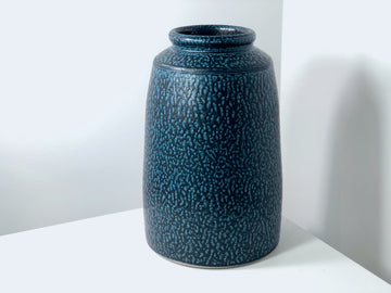 Crickhollow Pottery: Extra Large Vase