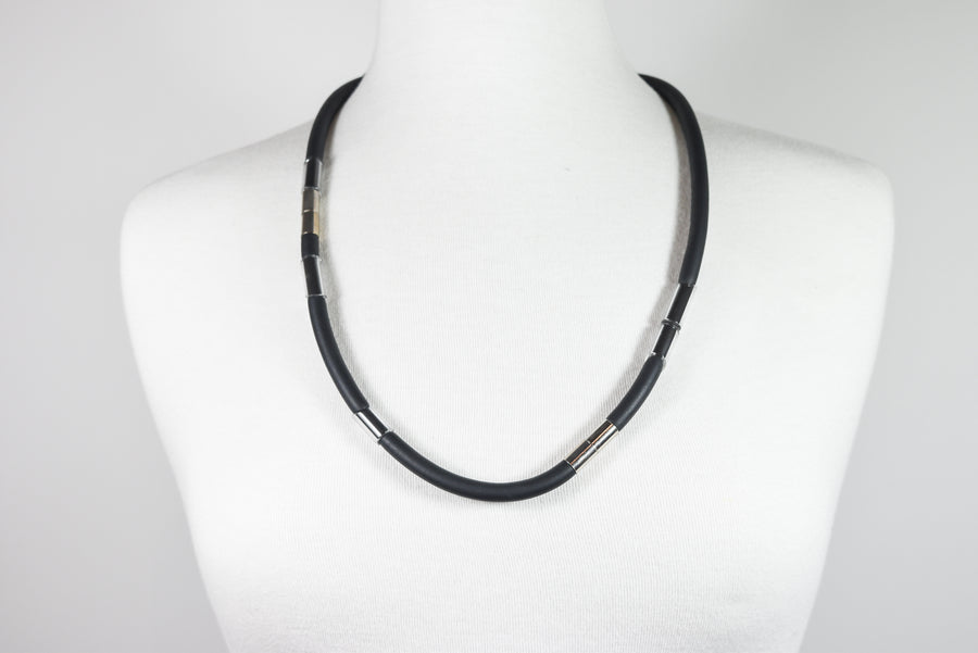 Christine Hannan: Extendable Necklace