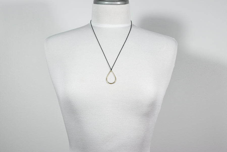 Linda Van Niekerk: Dew Drop Necklace - Gold