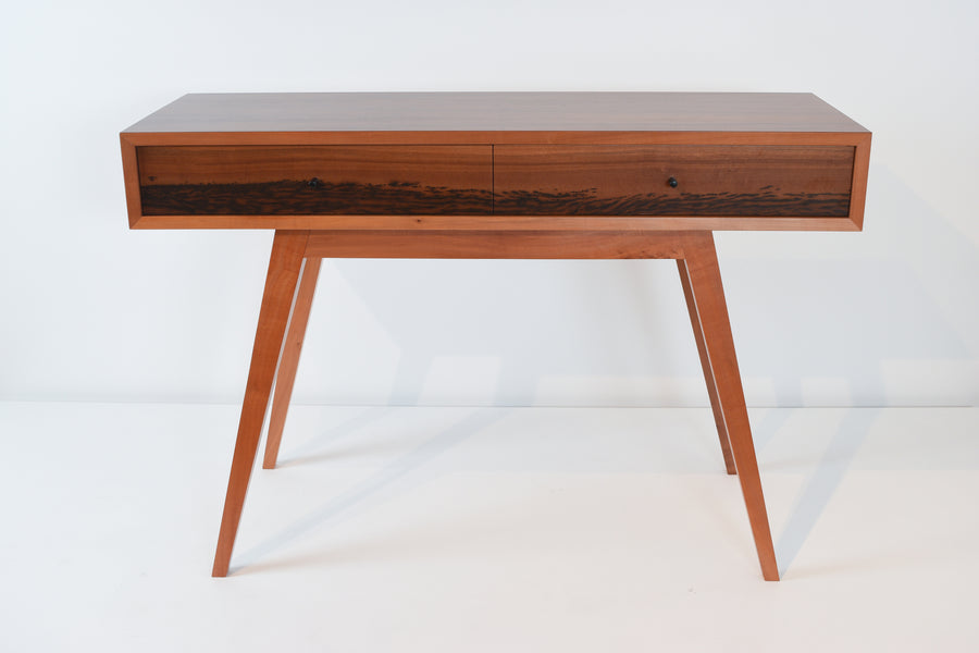 Alfred Buchinger: Box Hall Table