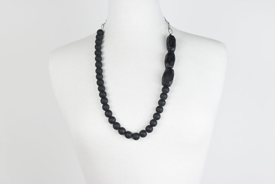 Jane Hodgetts: Black Bead & Silver Chain Necklace