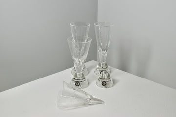 Tasmanian Glassblowers: Cone Glasses