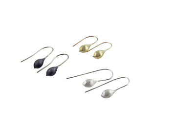 Janine Combes: Kelp Pod Earrings Gold