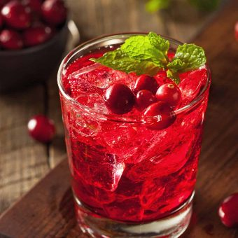 valentines-cranberry-cocktail