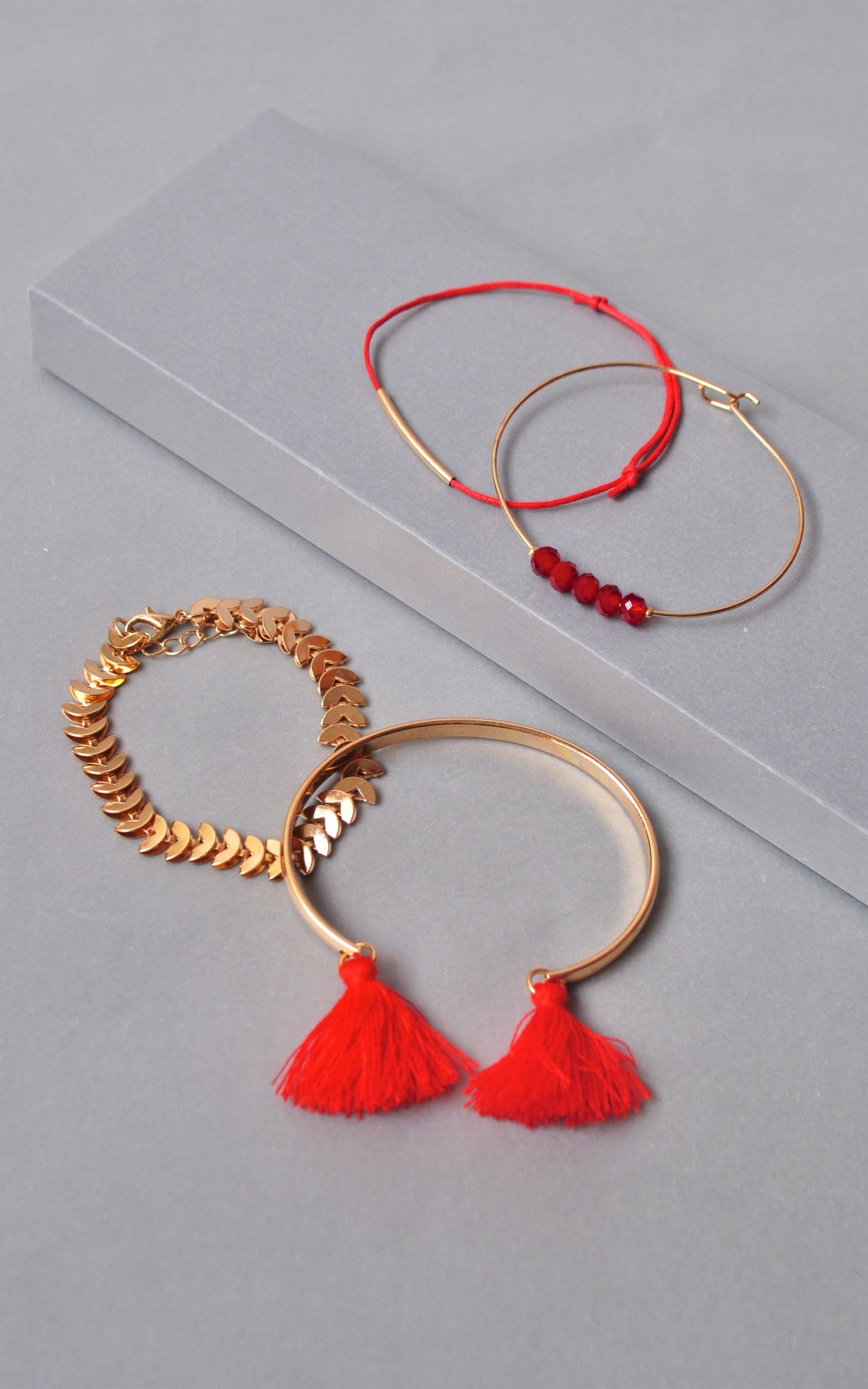 gold olizz bracelet red rose