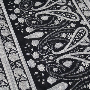 Black & White Paisley Hijab