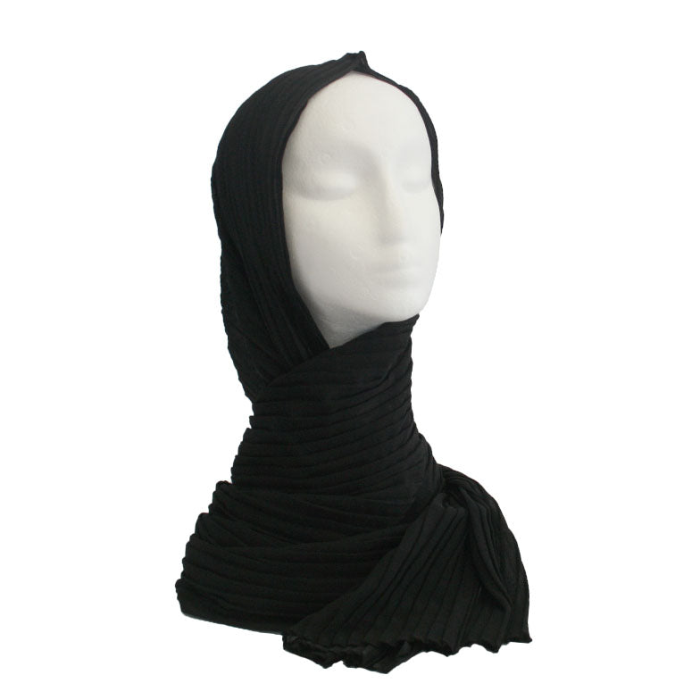Pleated Hijab Black
