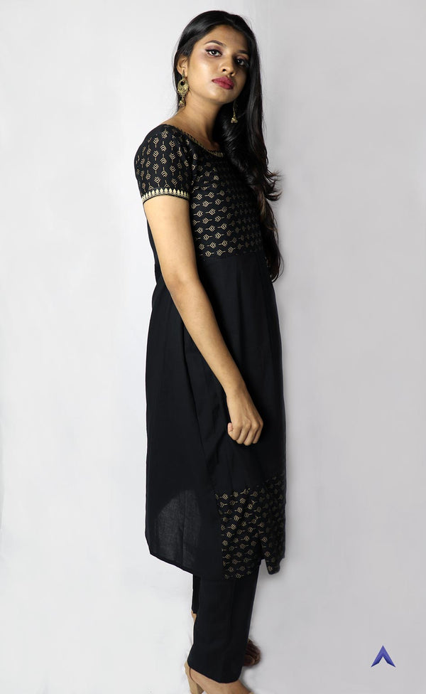 Black Box Pleated Kurti