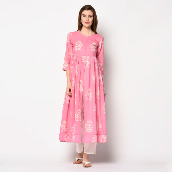 Baby pink cape kurti with pant set