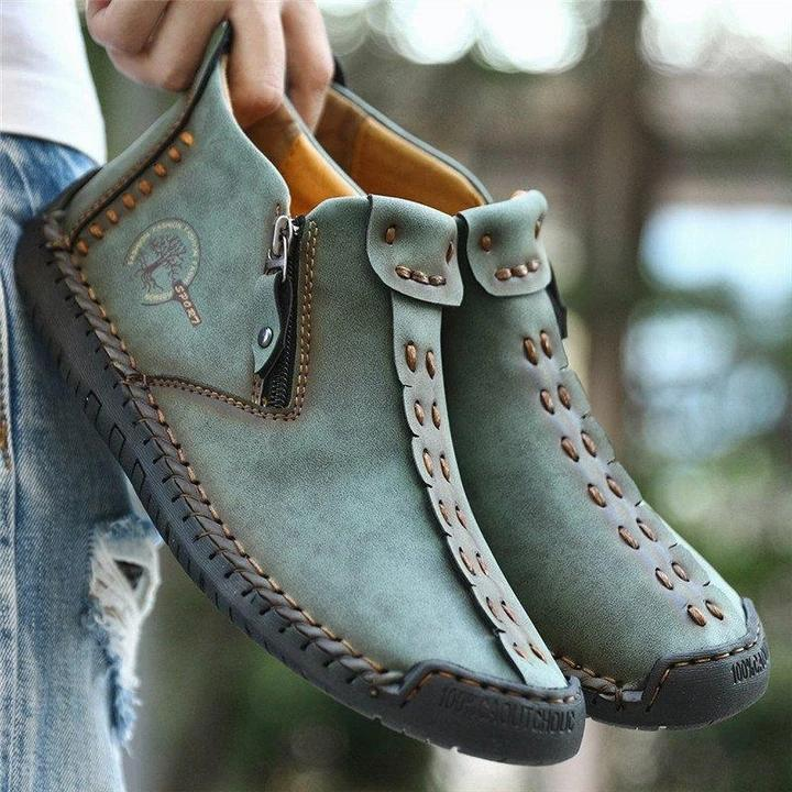 Men's Hand Stitching Leather Non Slip Side Zipper Casual Boots
