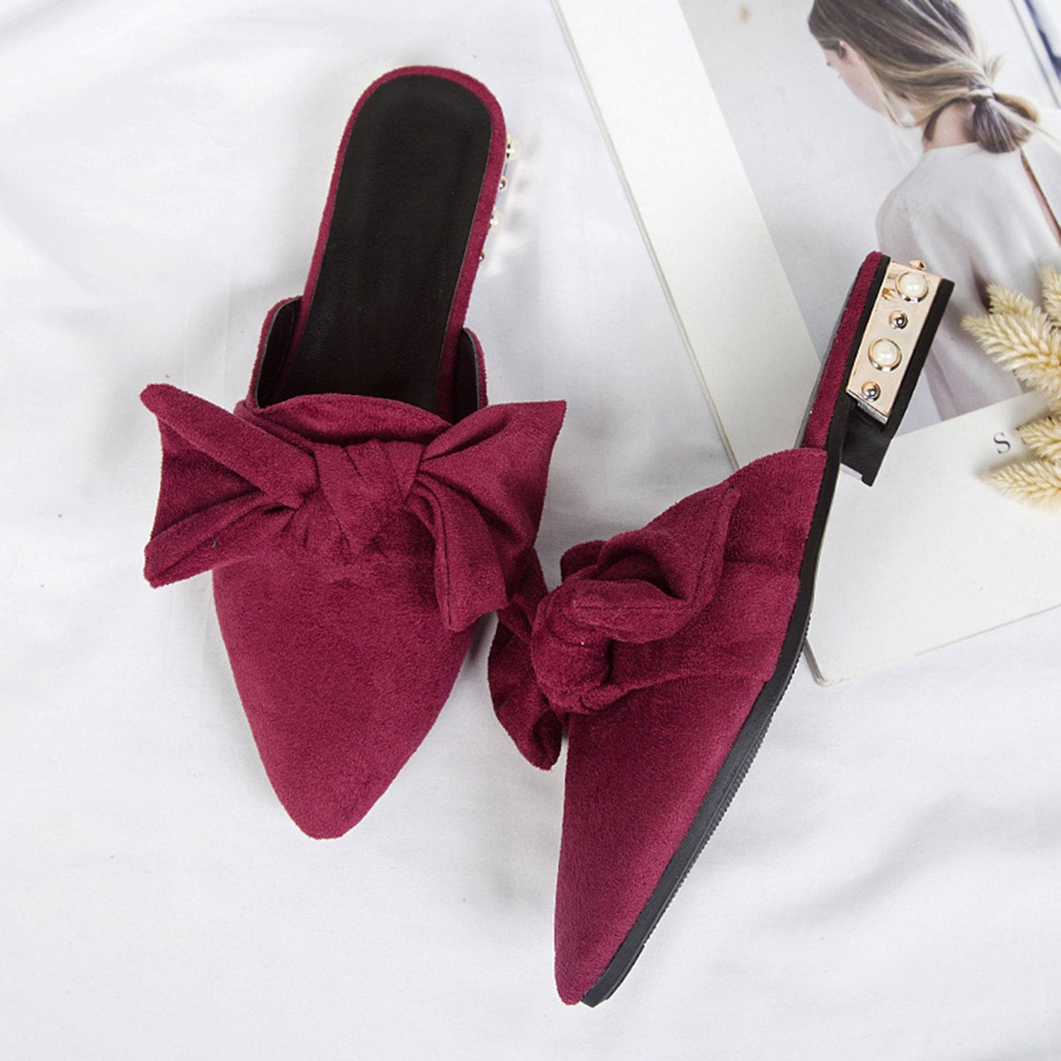 Pointed Bow-Knot Flat Mules