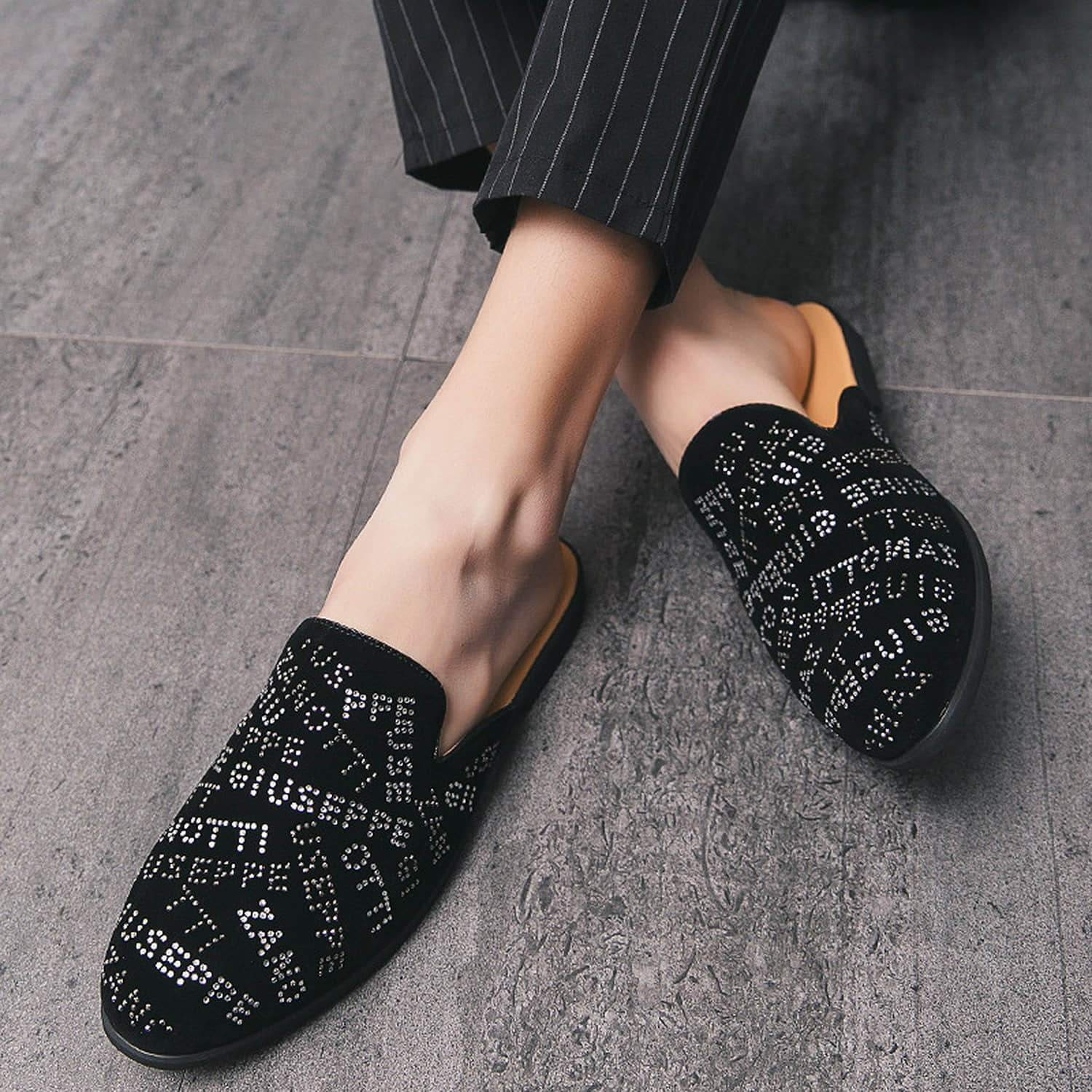 Men's Diamond-patterned Mules