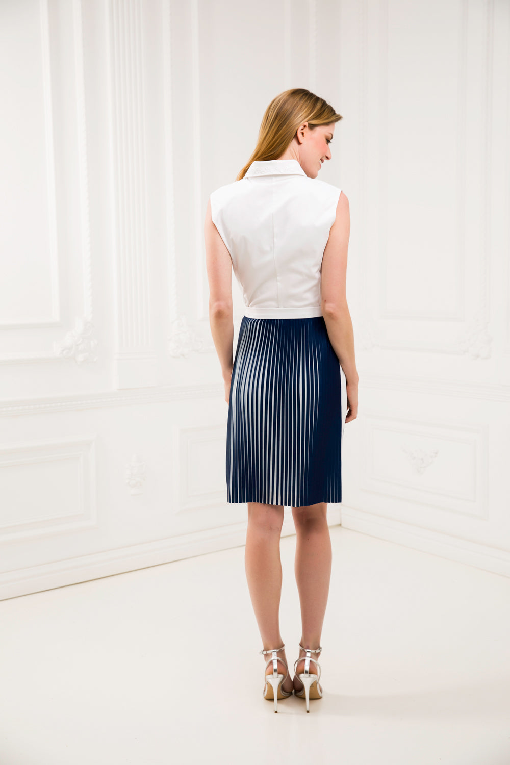 Pleated bi-color skirt
