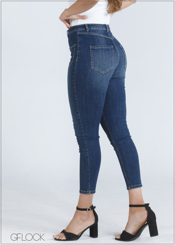 Front Pocket Detail Jean