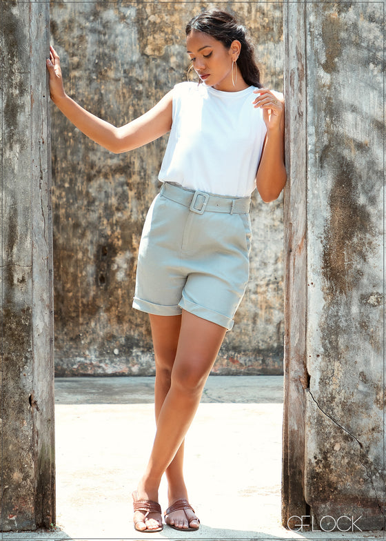 Bermuda Shorts with Buckle - Linen 0226