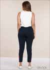 Side Contrast Detail Pant