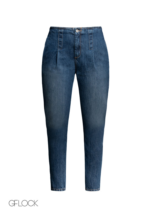 Relax Fit Pleated Jean
