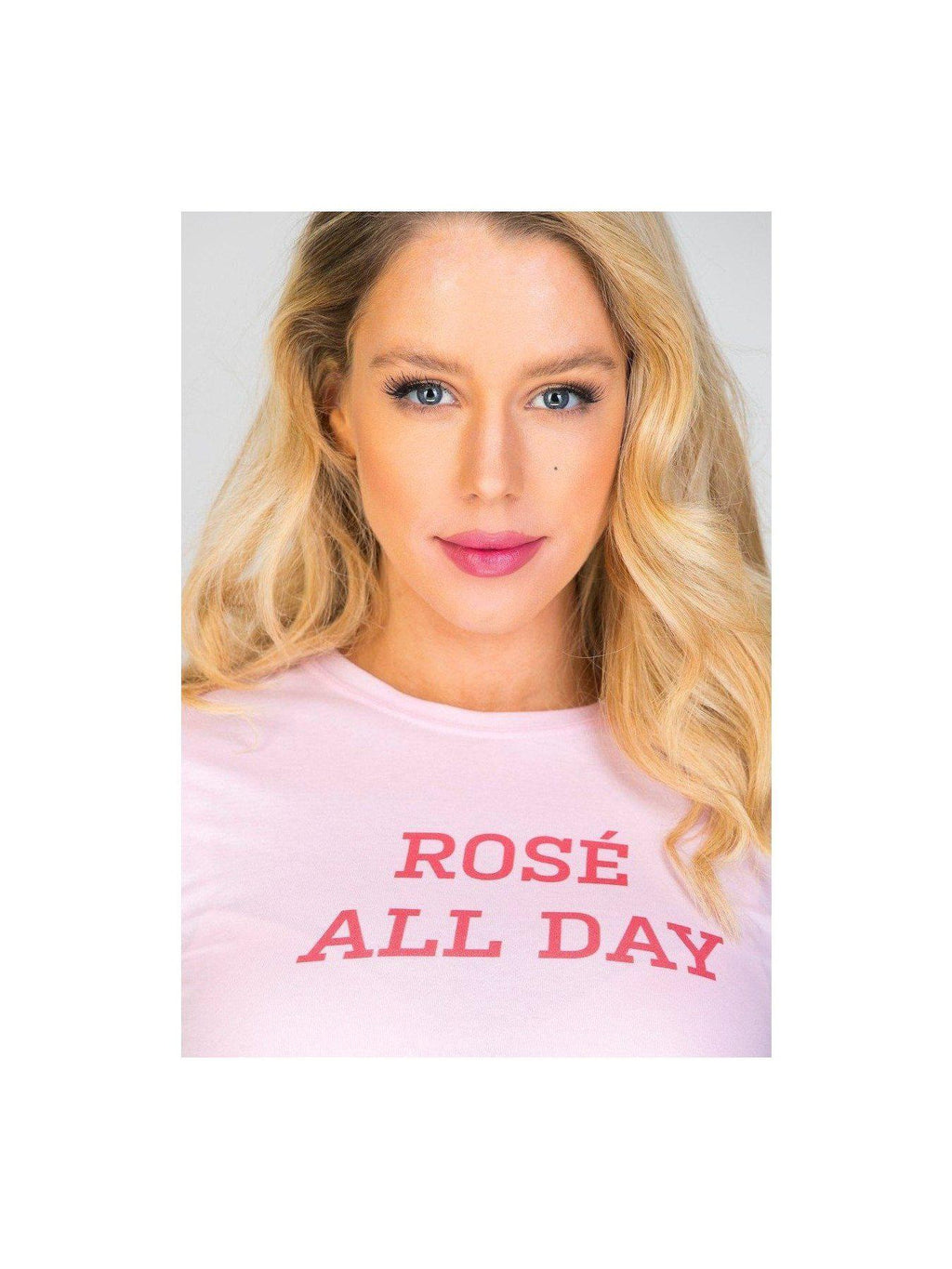 ROSÉ ALL DAY t shirt