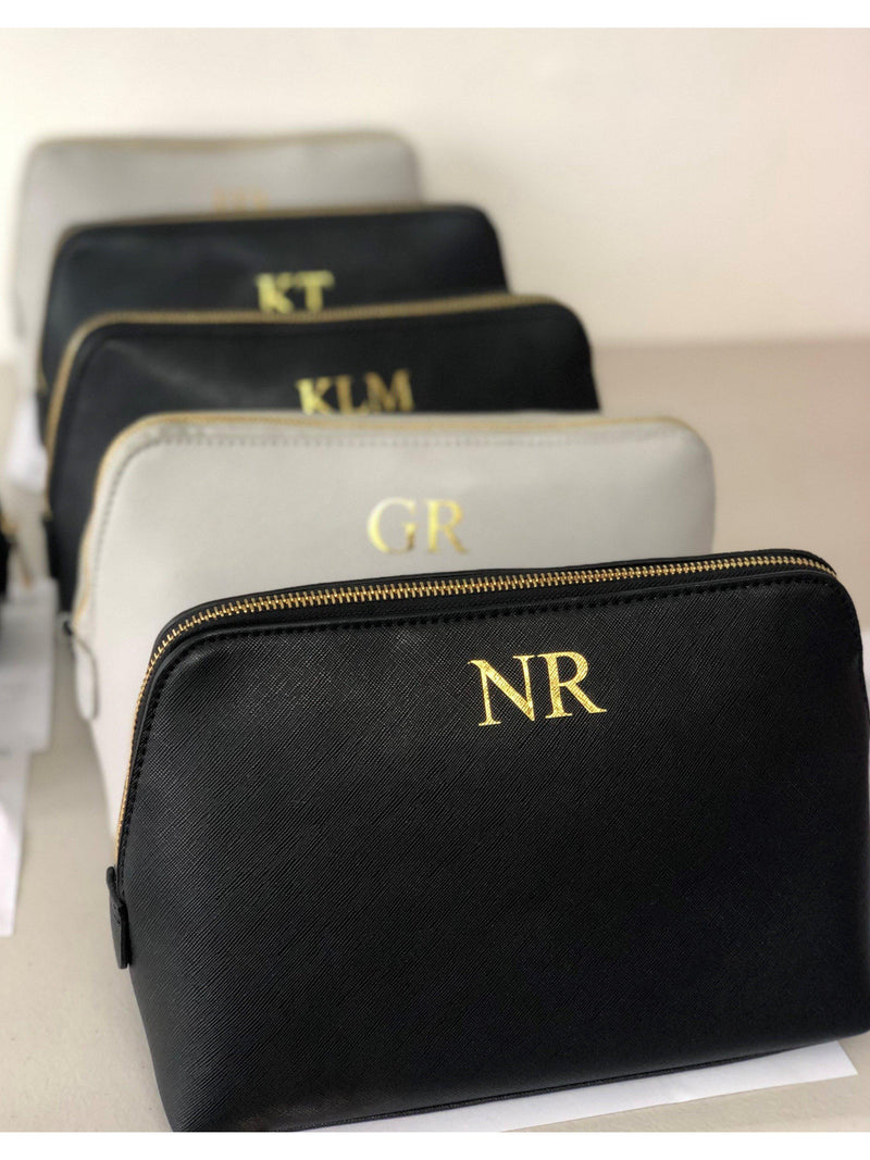 Personalised make-up bag with gold foil monogram