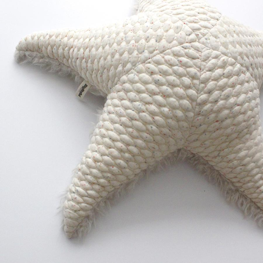 "Cushion Animal ""Big Albino Seastar"""