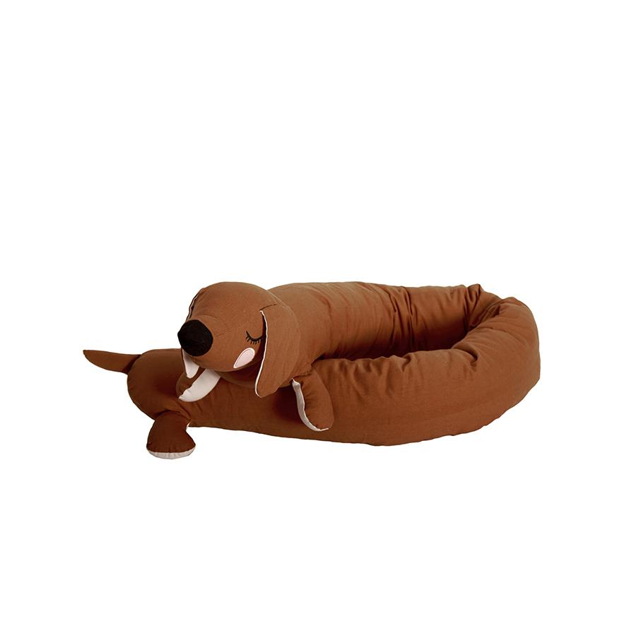"Bed Bumper ""Lazy Long Dog Brown"""