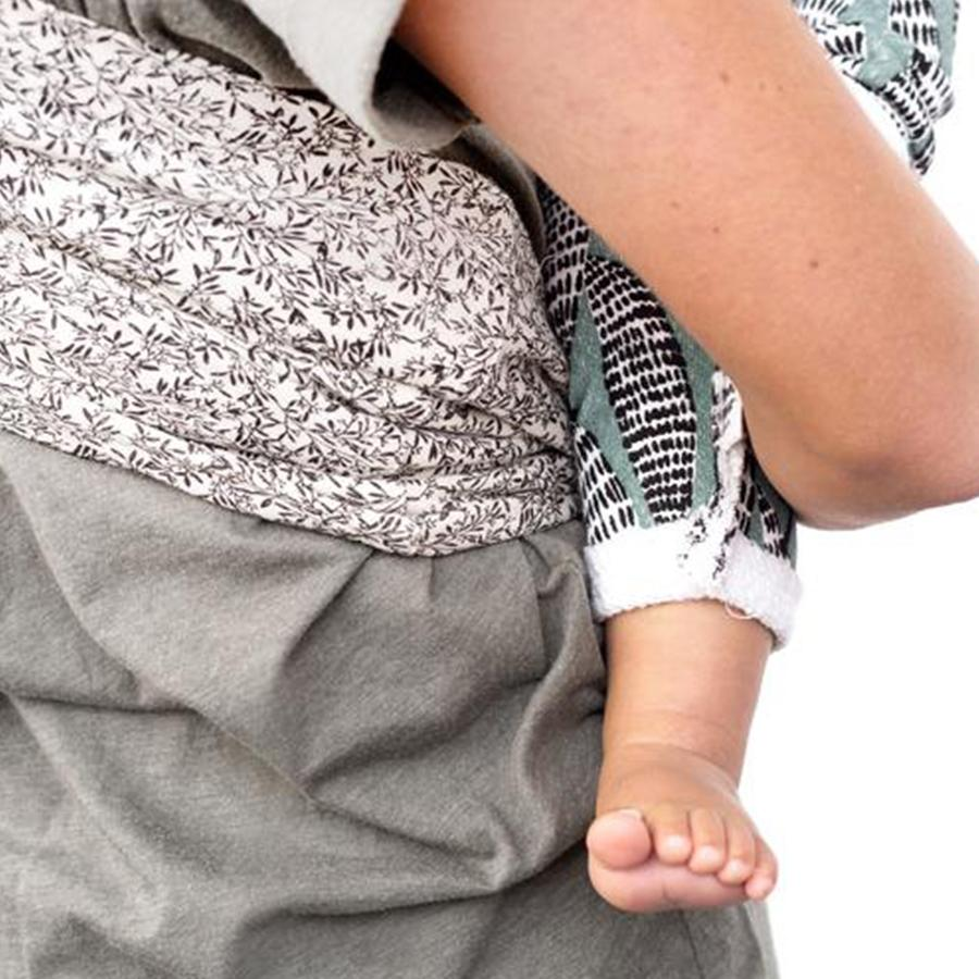 "Baby Sling ""Flow"""