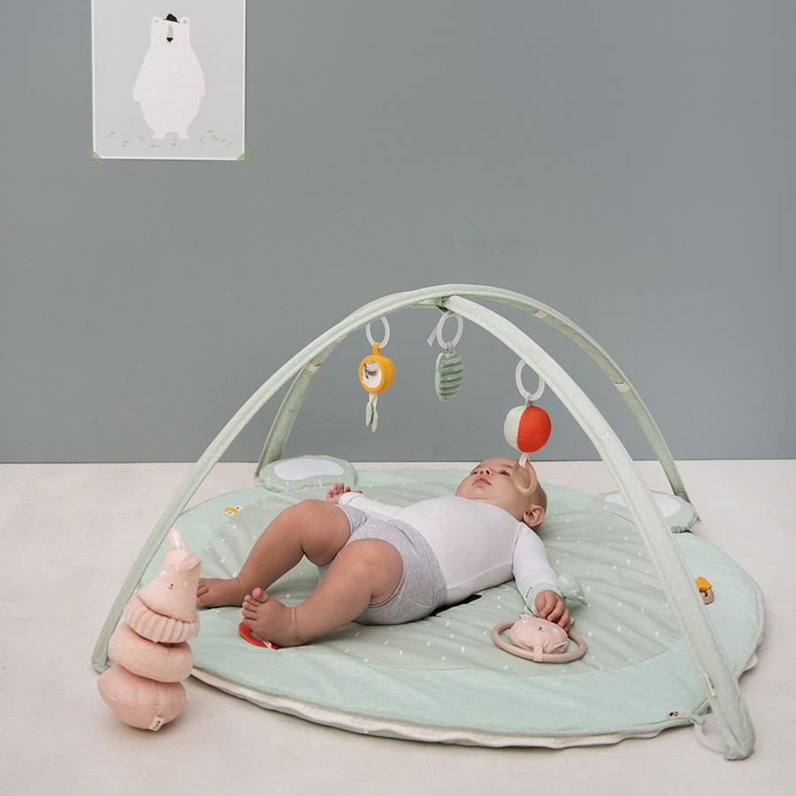 "Activity blanket with play arch ""Mr. Polar Bear"""